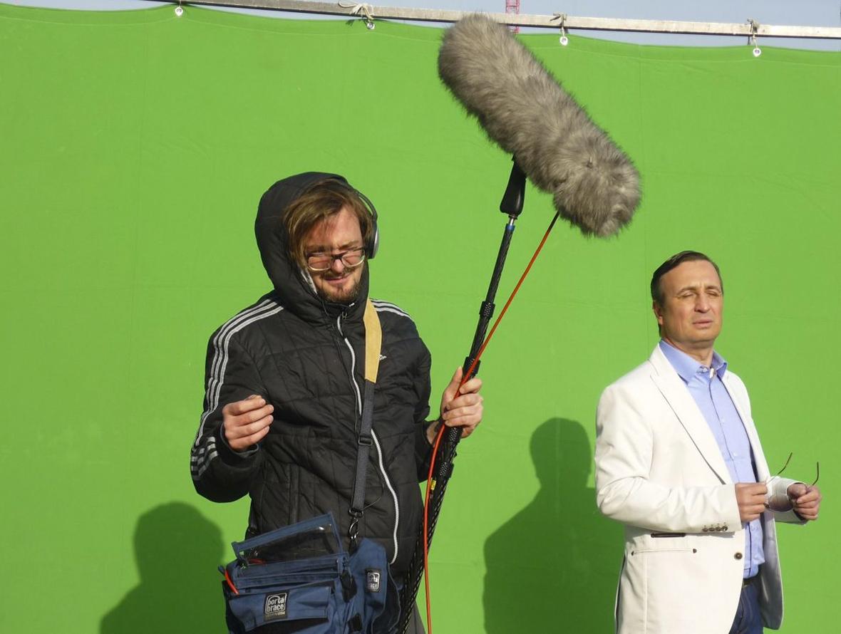 Tonmann Greenscreen Making Of FluxFM Hoer dir nicht alles an Slideshow